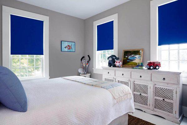 Bedroom_RollerShades_Cameo_RoyalBlue